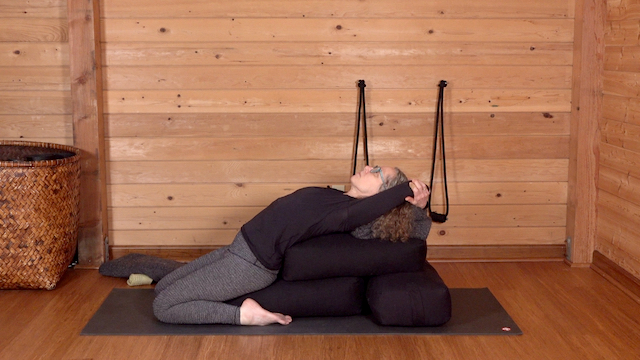 Carol Gray Demonstrates Supported Reclined Hero for Fertility at MamaSpace Yoga